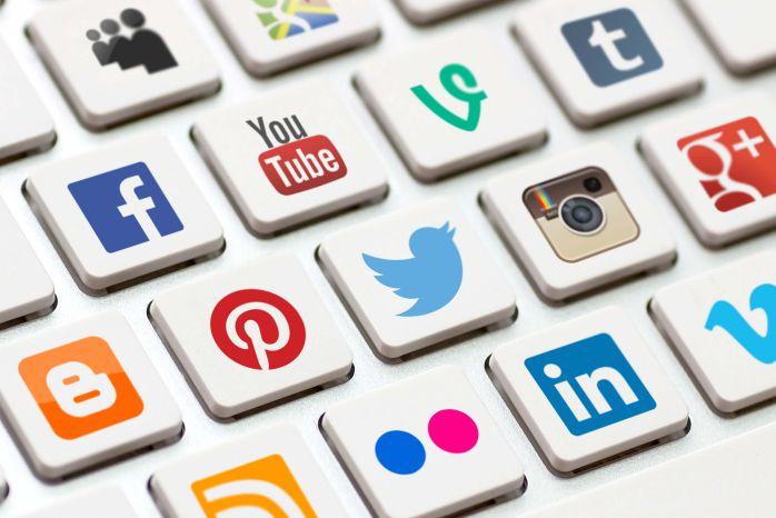 khái niệm Social media