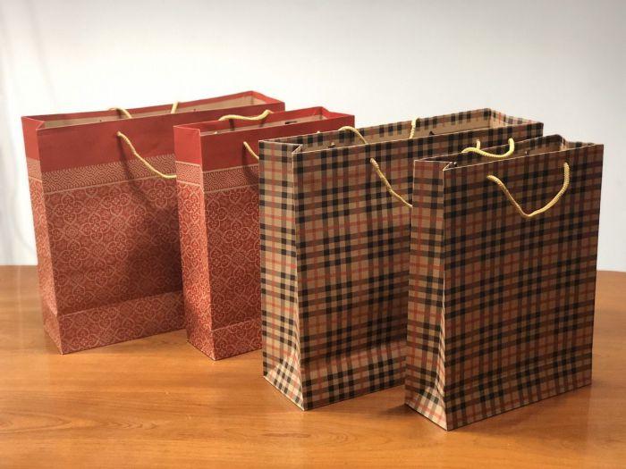 vai trò của túi giấy đựng quà